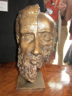 Bust of Vesalius made by Pascale Pollier